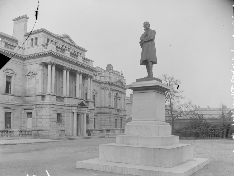Statue of 4th Baron Plunket, father of Benjamin Plunket, at Kildare Place, Dublin (NLI Lawrence Royal Collection 7309)